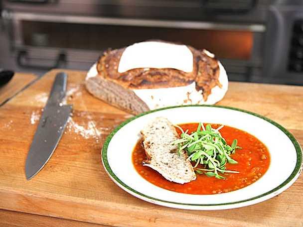 Tomat- och saffranssoppa