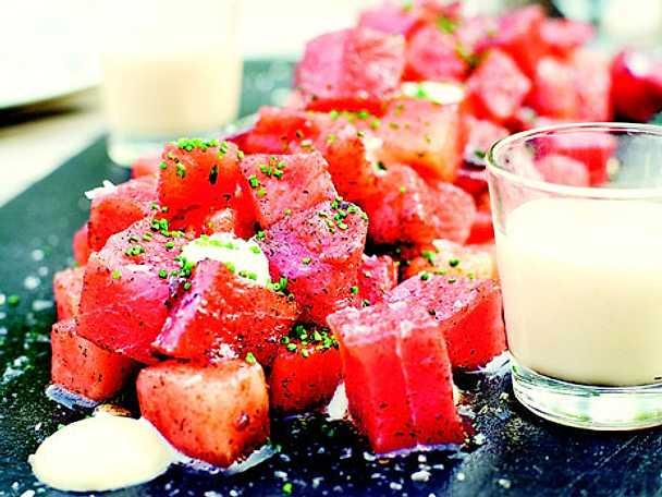 Tonfisk med melon och tryffeldipp