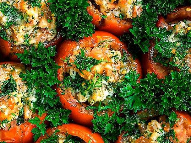 Tonfiskfyllda tomater