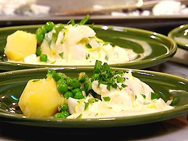 Torsk med ägg- och persiljesås