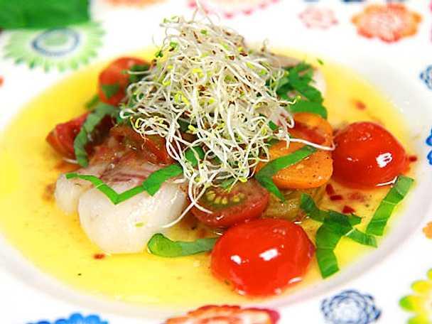 Torskfilé med smörsvängda tomater