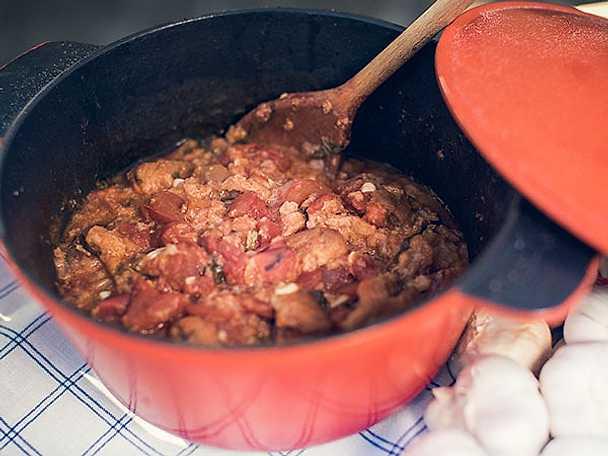 """Toscansk tomatsoppa """"Pappa al pomodoro"""""""