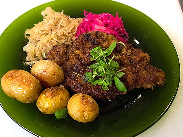 Traditionell polsk mejramschnitzel