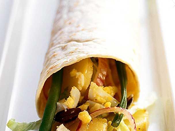 Tunnbrödsrulle med peruansk potatissallad