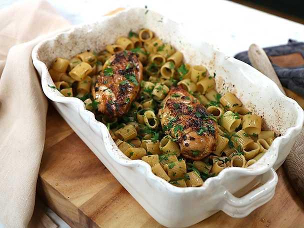 Ugnsbakad kyckling med pasta - Paolo Robertos recept
