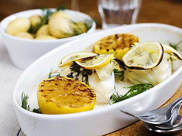 Ugnsbakad torsk med citron och mynta