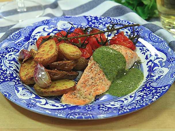 Ugnsrostad lax med salsa verde
