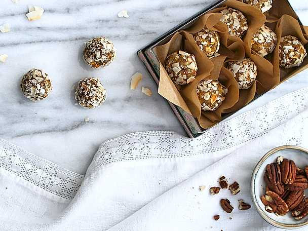 Urtekram Nötiga vaniljbollar med äpplecrunch