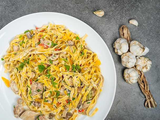 Valio Krämig kyckling provence med pasta