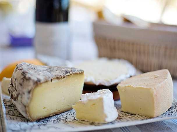 Välj rätt vin till ostbrickan