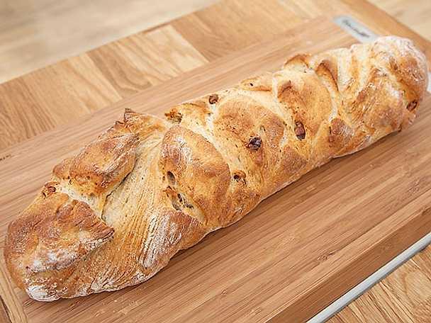 Valnötsbröd med smak av fänkål och rosmarin