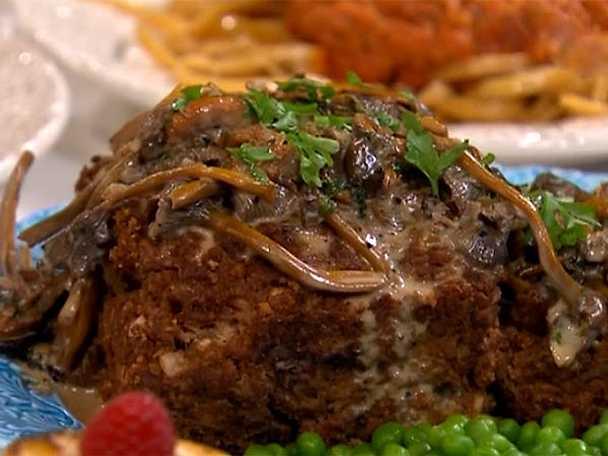 Veganfärslimpa med kantarellsås