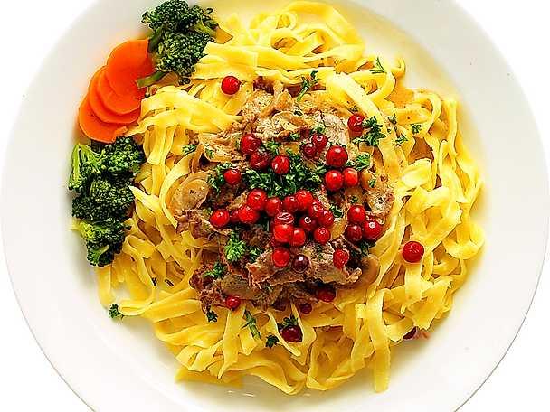 Viltskavsgryta med pasta