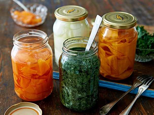 Vinägerpicklade grönsaker