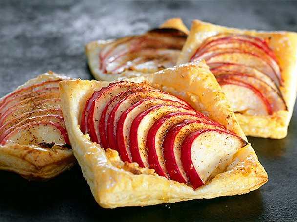Wienerbröd med äpplen
