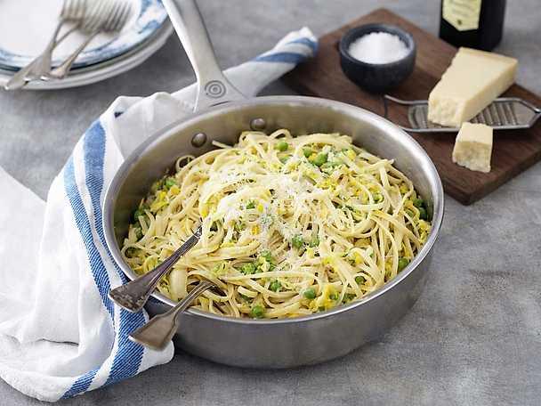 Zeta Pasta Linguine med ärter och zucchini