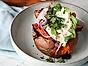 Bakad sötpotatis med getostkräm och avokado