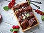 Brownies med valnötter och flingsalt