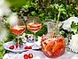 Cervera rosésangria med jordgubbar och rabarber