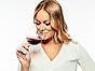 Maya Samuelsson profilbild vit blus