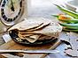Mjukt kornmjölstunnbröd med anis och fänkål